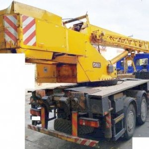 foto 6x4 crane load 25t/22+8m (Deutz engine